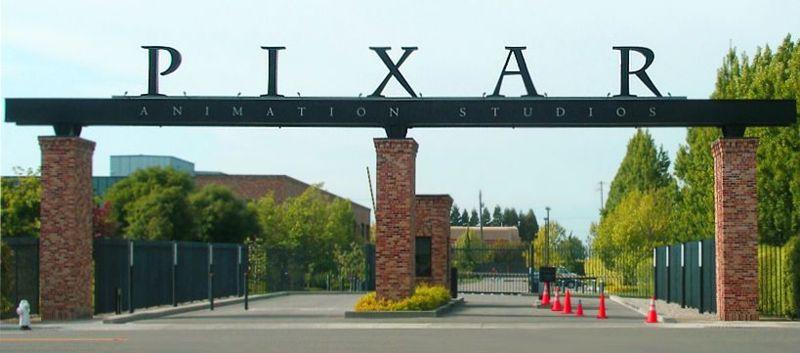 800px-Pixar_-_front_gates