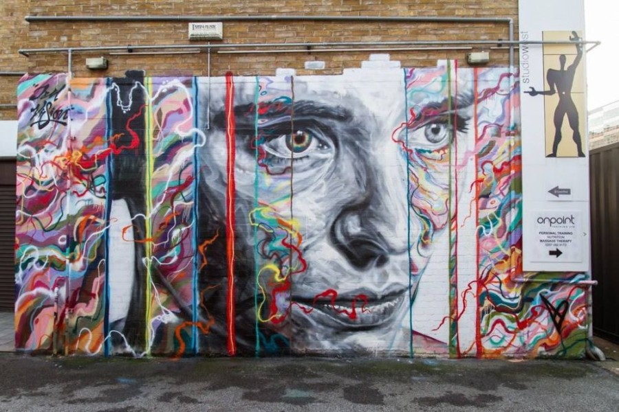 Spray-Paint-Portraits-David-Walker-8-900x600