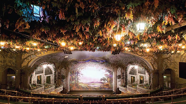 10 самых великолепных театров мира