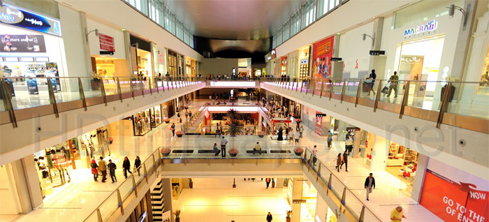 department store vs online shopping Credit: connel/shutterstock although online shopping may be more convenient, shoppers still prefer to make their purchases inside an actual store, new research finds.