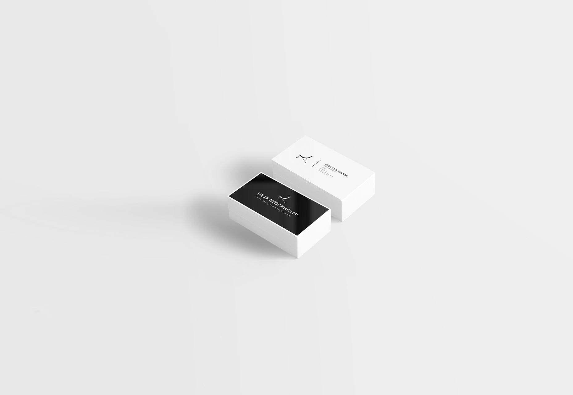8-free-clean-business-card-mockups-scenarios