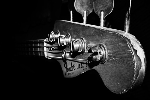 fender_jazz_bass_reedit_by_chaozstar