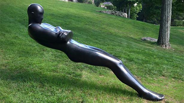 25 скульптур, которые отрицают гравитацию