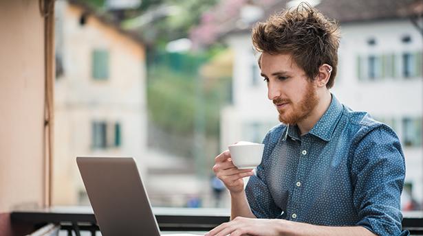 Как сохранить зрение при работе с компьютером