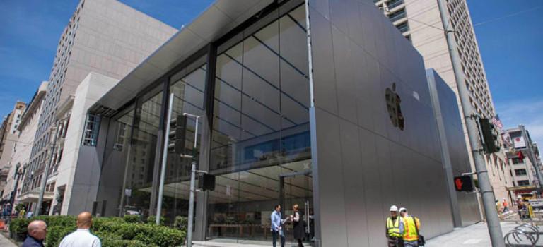 Apple показала свой обновленный магазин