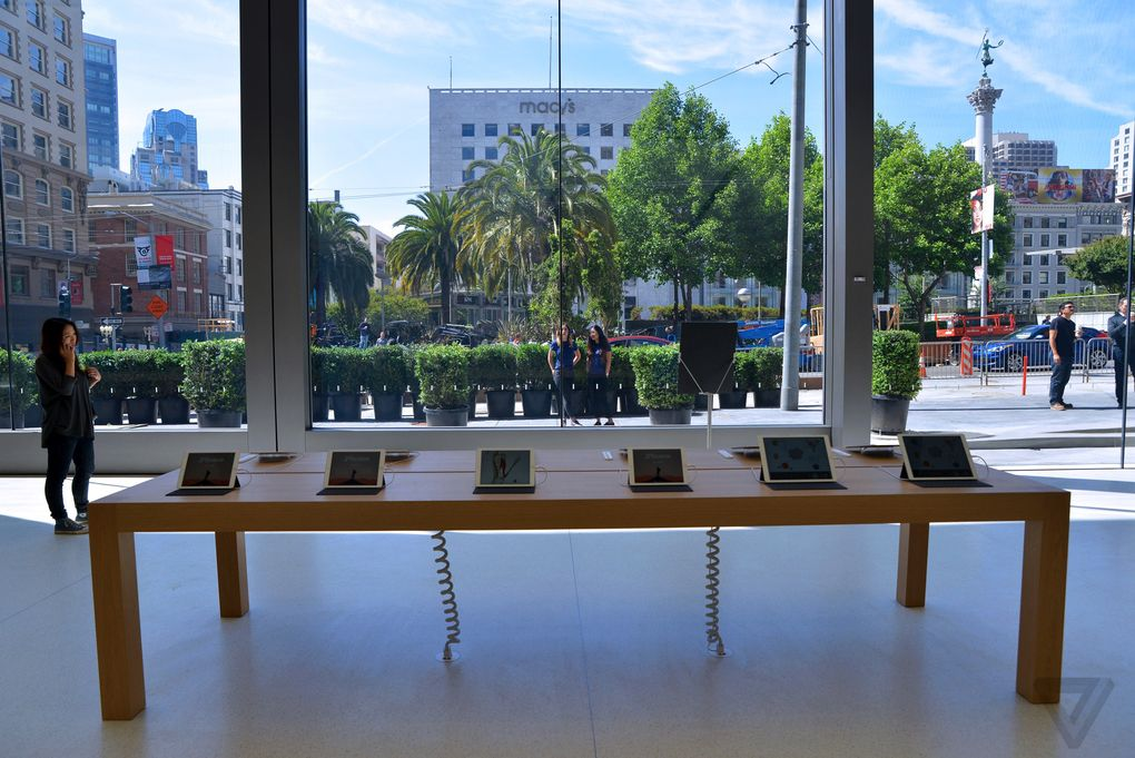 apple-store-flagship-sf-nick_statt-4_0