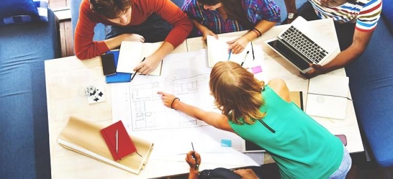 6 культовых дизайнеров. Ваша версия