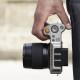 Hasselblad представили первую компактную среднеформатную камеру