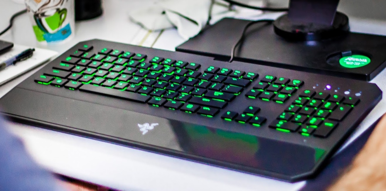 razer-deathstalker-chroma-keyboard-review-8_0