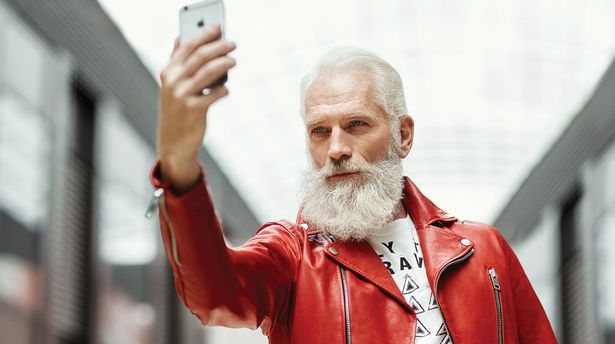pay-fashion-santa-paul-mason