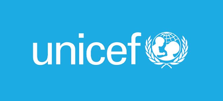 Новая социалка от UNICEF: эти попугаи ругаются как сапожники