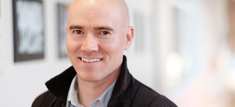 Adobe выпустил бесплатные кисти от Кайла Т. Вебстера