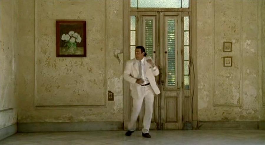 Фільм Йоргена Лета «Досконала людина» — це і є кейс-презентація «людини», досконалої у своїй буденності