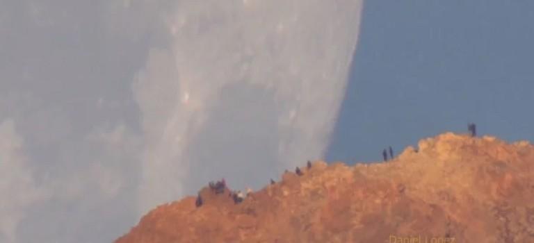 Видео: потрясающая съемка Луны с помощью огромного объектива