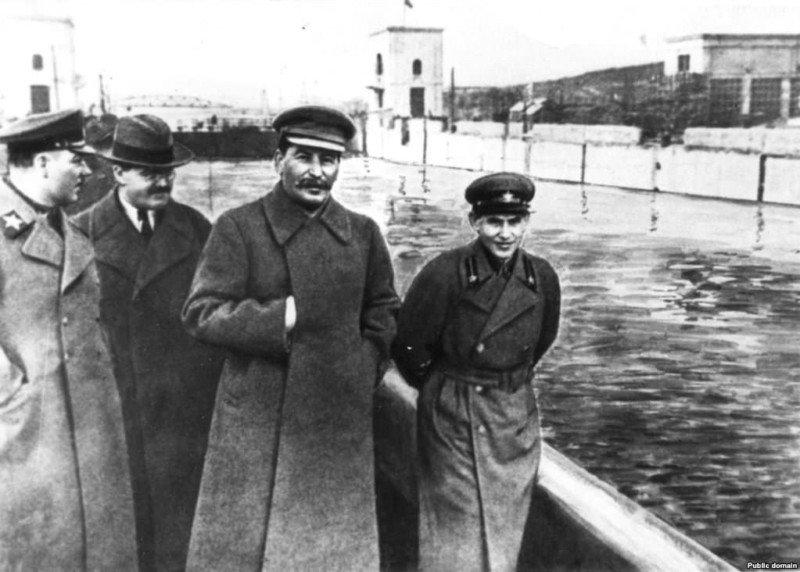 Soviet-photoshop-5