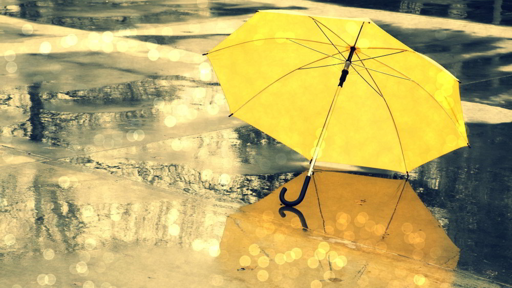 Yellow-umbrella-on-the-road-Rainy-day_1920x1080